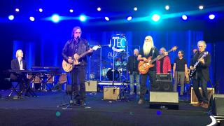 Jackson Browne performs with The Section