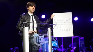 Demetri Martin entertains the TEC audience with his witty musical observations